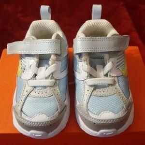 NWT Nike Dart Toddler Size 5C